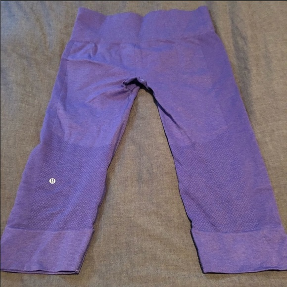 lululemon athletica Other - Lululemom Capri workout pants